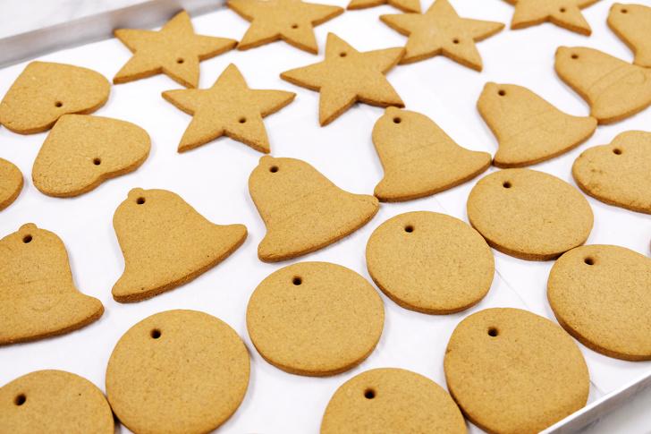 Кондитеры британского королевского двора поделились рецептом рождественского имбирного печенья